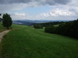 cesta od chaty Hubertus, výhledy na Polsko (2)