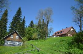 chata-a-okolí