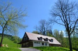 chata-celá-jaro