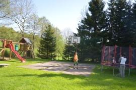 dětské hřiště u restaurace U Dána