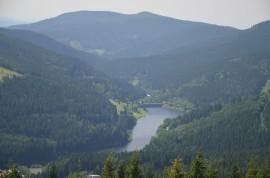Labská přehrada, pohled z lanovky na Medvědín