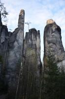 nejrůznější skalní útvary